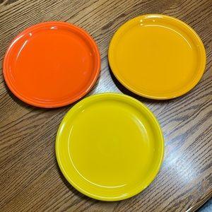 3 fiesta bistro dinner plates